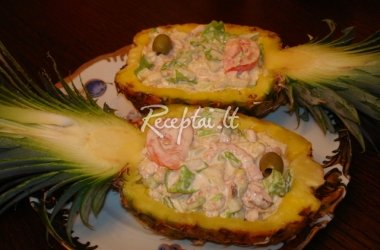 Salotos ananase
