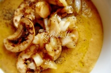 Gurmaniška džiovintų pievagrybių sriuba