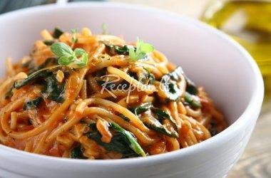 Kreminiai spagečiai su špinatais