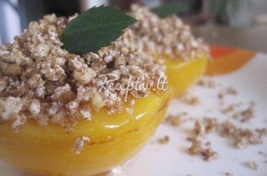 Įdaryti persikai