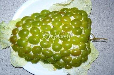 """Salotos """"Vynuogė"""" su kininiais kopūstais"""