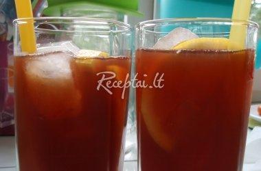 Šalta vyšnių arbata