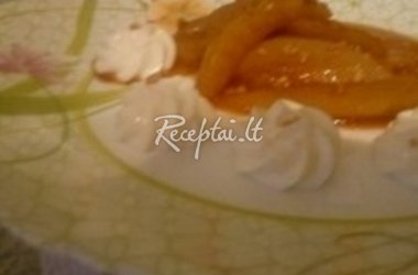 Karamelizuotos kriaušės su rikotos sūrio padažu