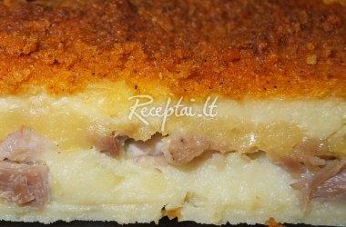 Bulvių pyragas su vištiena ir sūriu