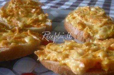 Karšti sumuštiniai su morkomis