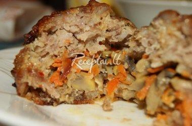 Kotletai su morkų, pievagrybių ir sūrio įdaru